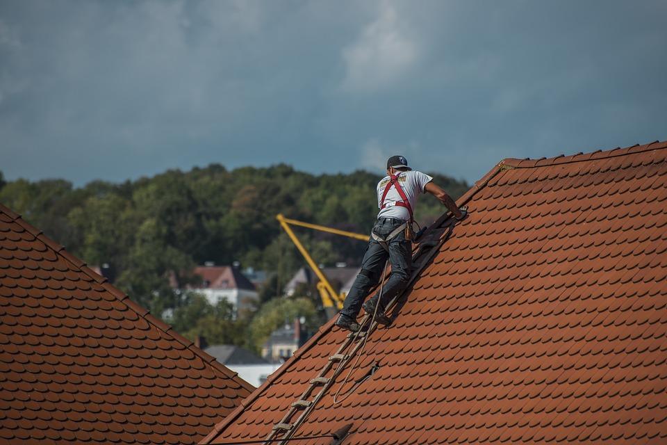 Le remplacement de toitures : A quel moment et comment s'y prendre ?